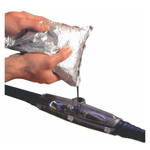 Zalévací kabelová spojka